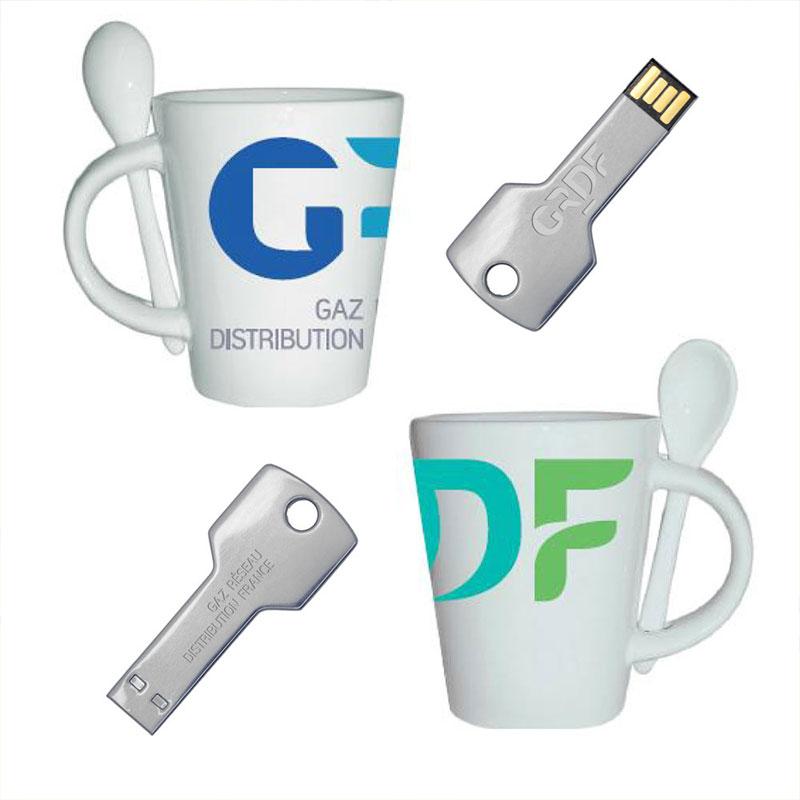 Mug et clés USB